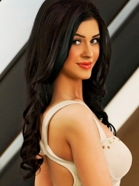 Dasha Escort London