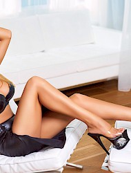 Amy Escort London