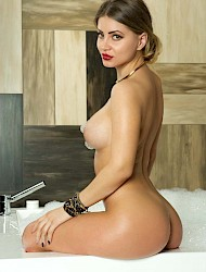 Alexia smart cute Escort Amsterdam