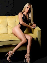 Emmy high class slender blonde Mayfair escort Escort London